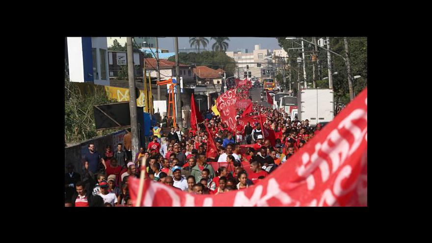 Video V brazilských velkoměstech přibývá násilností
