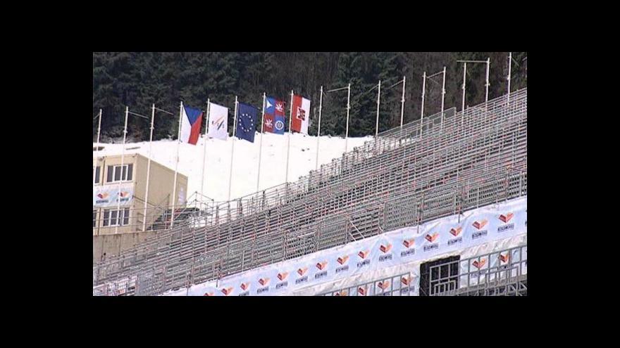 Video Po Liberci a lyžařském svazu chtějí firmy miliony za lyžařské MS 2009