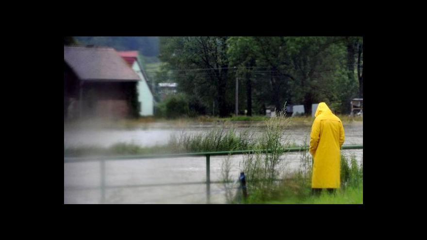 Video Deštivé počasí s výstrahami tématem Událostí ČT
