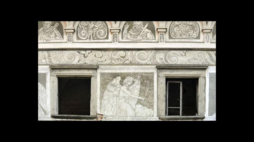 Video Reportérka Poulová: Požár zřejmě způsobil kastelán