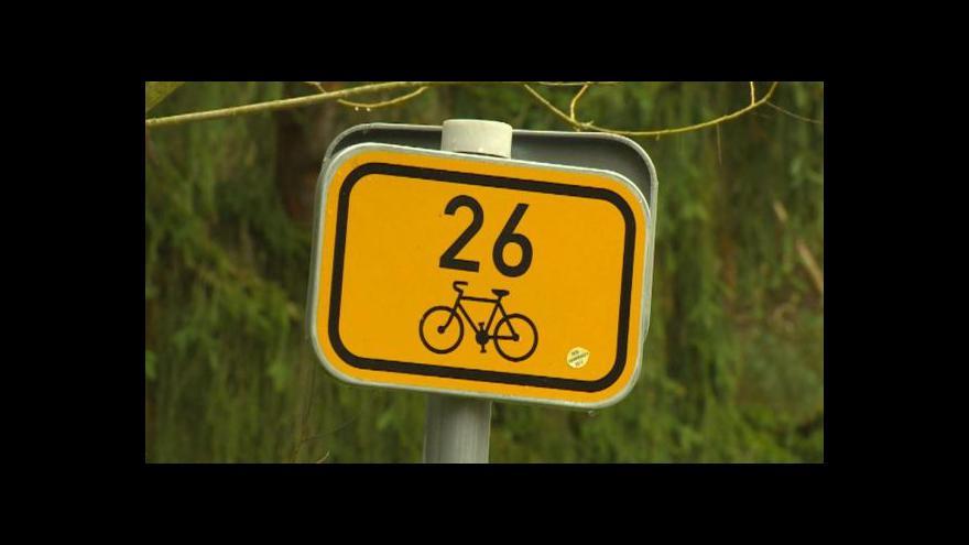 Video Spor o cyklostezku: Přehrazení cesty i vyhrůžky