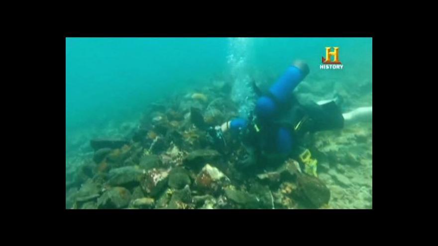Video Horizont ČT24: Objevili potápěči vrak Kolumbovy lodi?