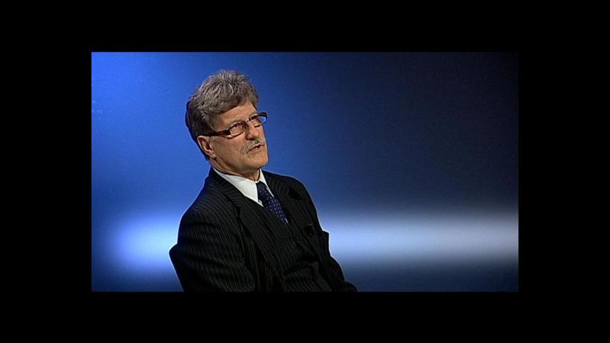 Video Szotkowski: Unie musí lépe kontrolovat, kam směřují dotace