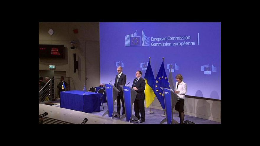 Video Brífink Jaceňuka a Barrosa po jednání v Bruselu