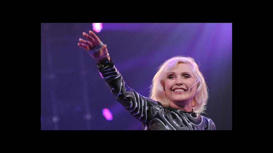 Video Blondie vydávají novou desku