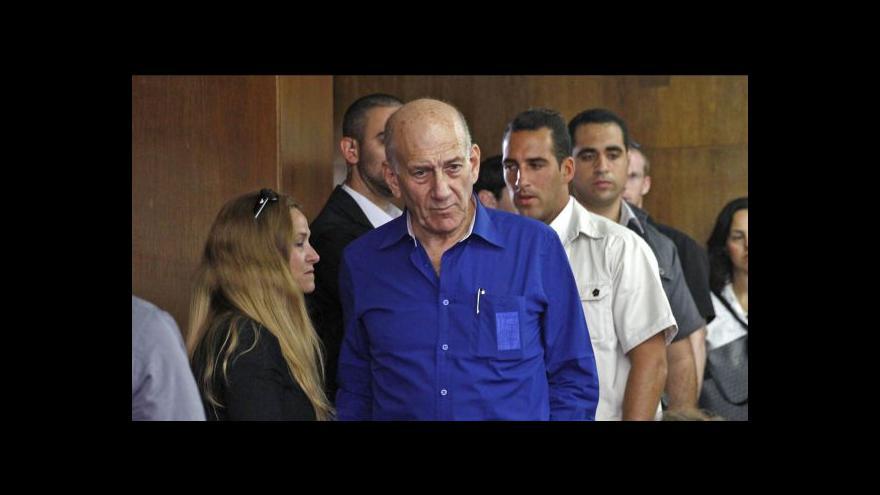 Video Izraelský expremiér dostal šest let za korupci