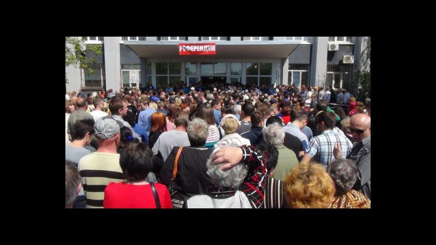 Video Sporná referenda skončila