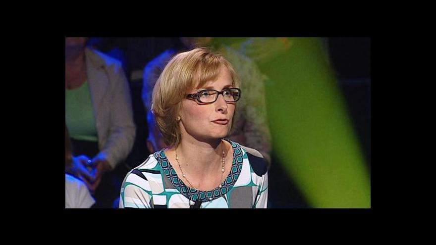 Video Konečná: Lidé by měli více využívat evropská referenda