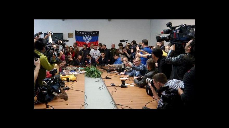 Video Události: Ukrajinští separatisté referenda neodložili