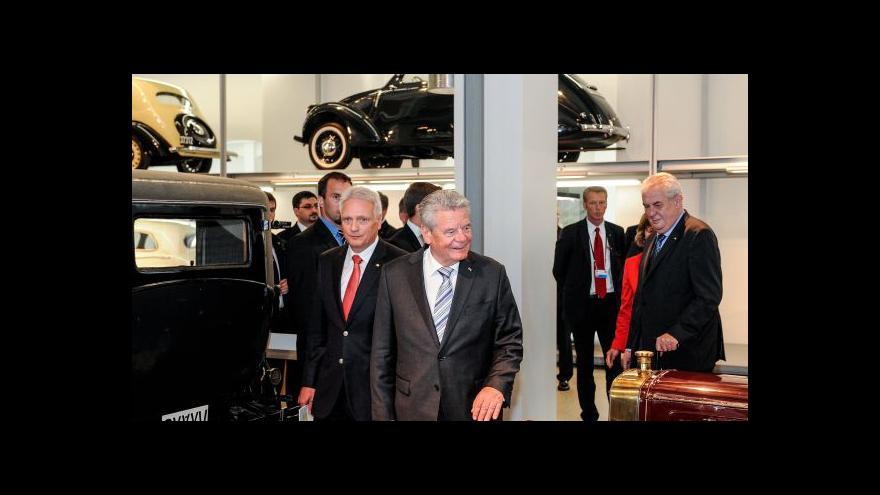 Video Zeman a Gauck navštívili mladoboleslavskou škodovku