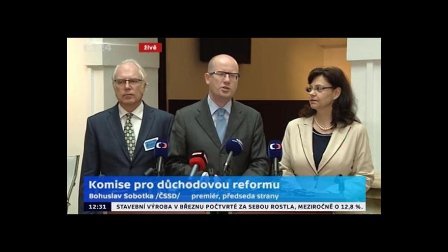 Video Brífink premiéra Sobotky, ministryně práce a sociálních věcí Marksové