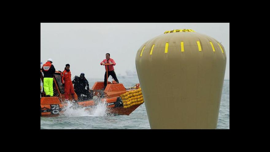 Video Potopení trajektu způsobil i nezajištěný náklad
