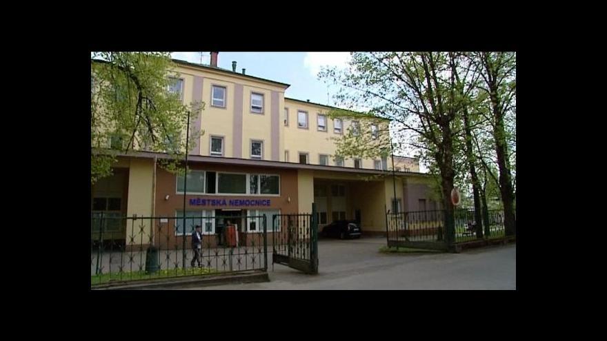 Video Mariánskolázeňská nemocnice omezuje akutní péči