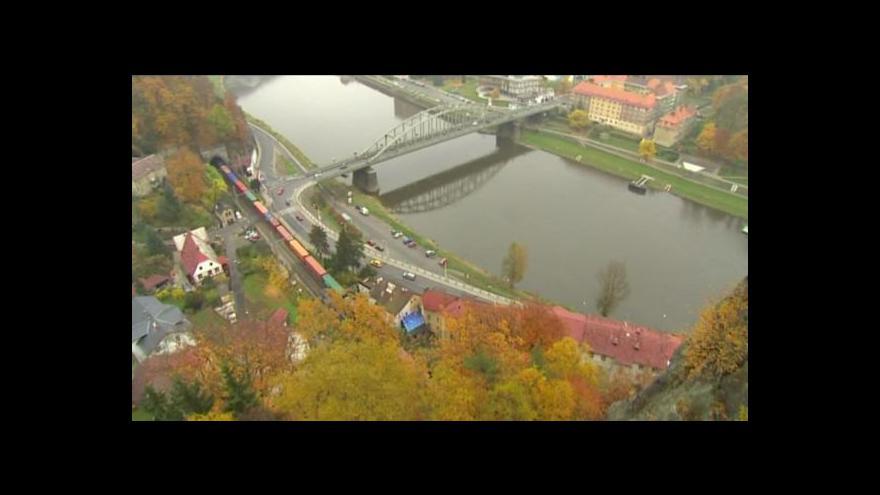 Video V centru města se připravuje skalní stezka s jištěním
