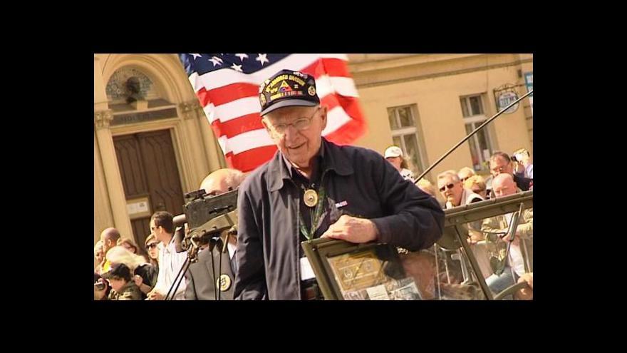 Video Na Plzeňsko zavítal i vnuk generála Pattona