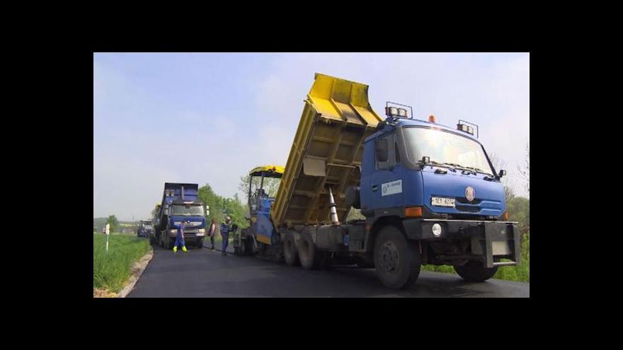 Video Ministerstvo dopravy chce k údržbě silnic pustit soukromníky