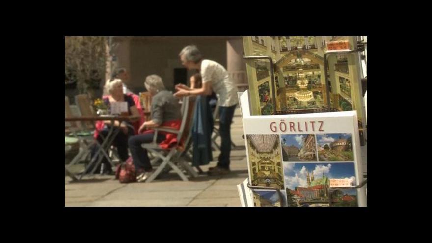 Video Zhořelec financuje tajemný dárce