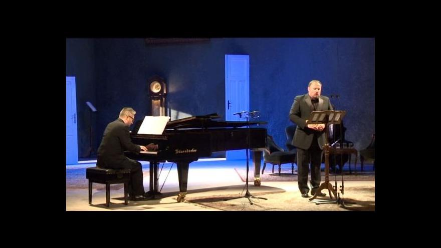 Video Písňový maraton Antonína Dvořákal čítal 94 skladeb