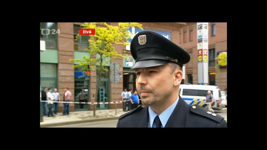 Video Policejní mluvčí Tomáš Hulan: Muž nebyl ozbrojen
