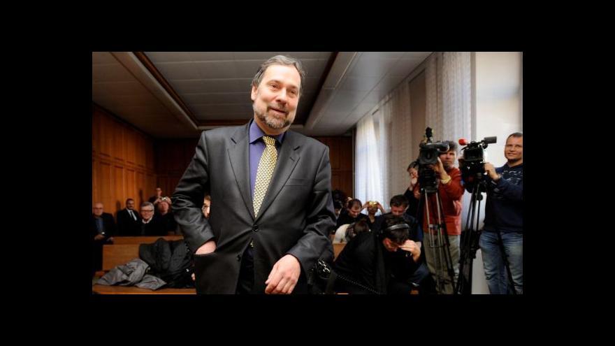 Video John: Flákání europoslanců musí skončit