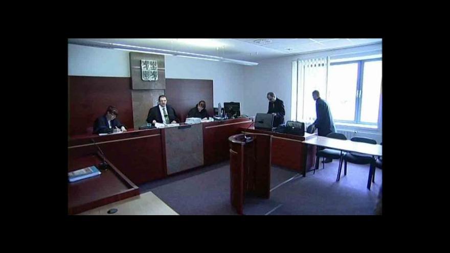 Video Soud osvobodil úředníky podezřelé z korupce