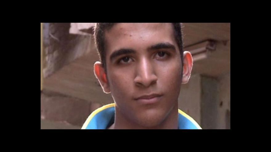 Video Horizont ČT24 o mučení nezletilých v Egyptě