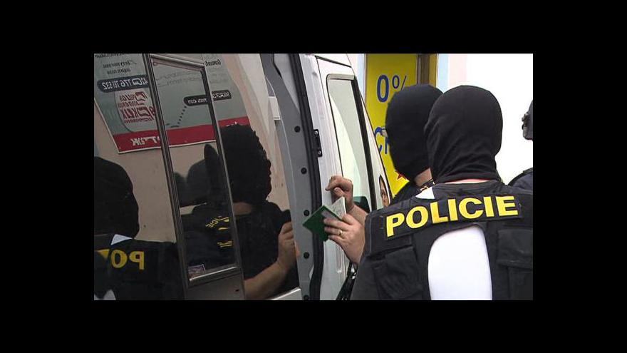 Video Události, komentáře k zásahu v pražské mešitě