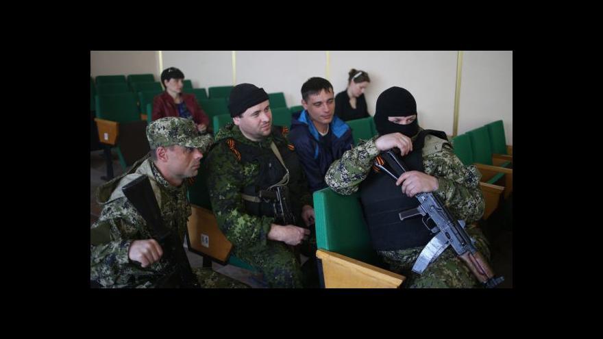 Video Události: Podle Kyjeva zosnovala zadržení kontrolorů Moskva