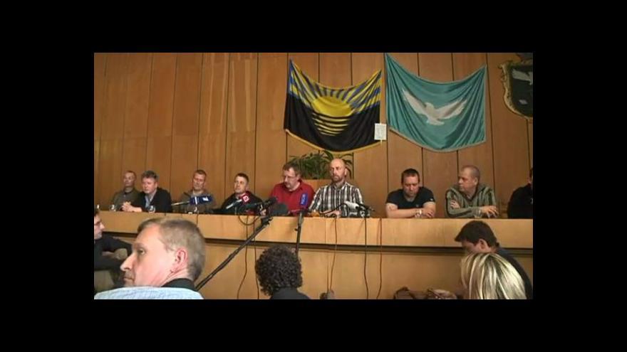 Video Axel Schneider, člen mise OBSE: Jsme hosty, ne zajatci