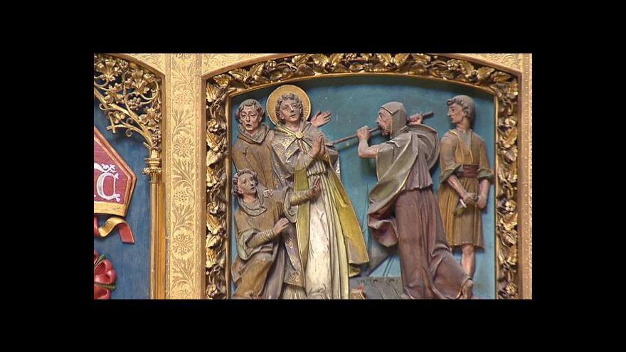 Video Události: Ostatky sv. Vojtěcha byly přemístěny do nového relikviáře