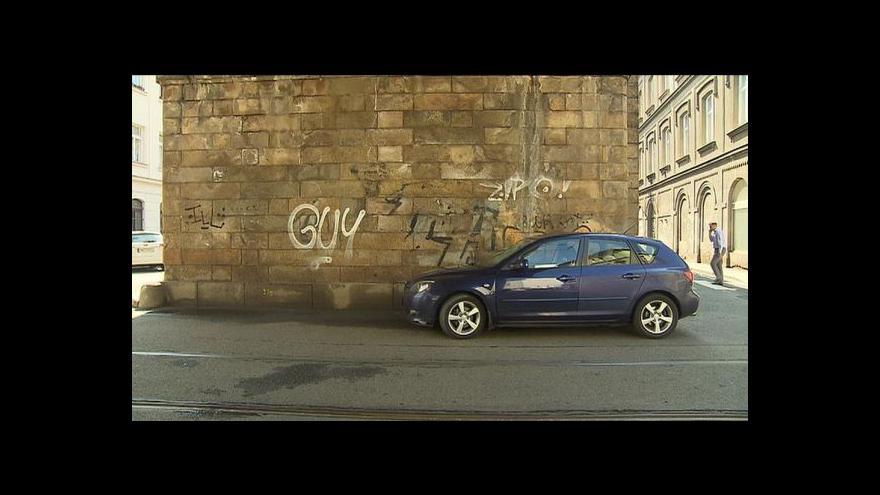 Video Praha začne placené parkování rozšiřovat na podzim