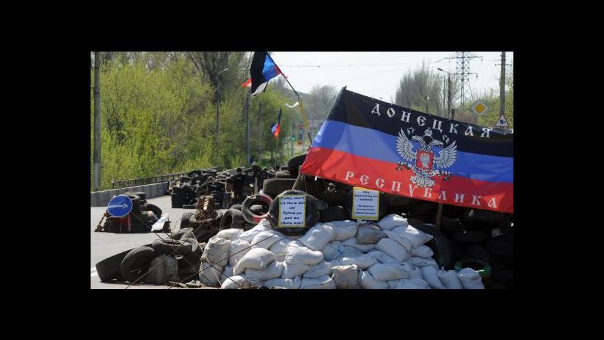 Video Karas: Někdo ostřeloval ukrajinské letadlo nad Slavjanskem