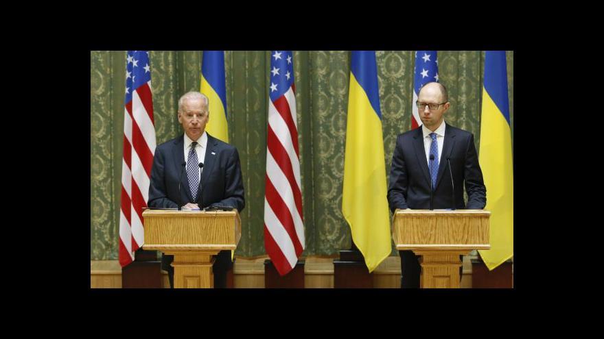 Video USA věnují Ukrajině v přepočtu miliardu korun
