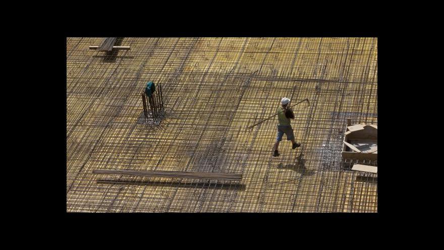 Video Stavebnictví se z krize dostane až za dva roky