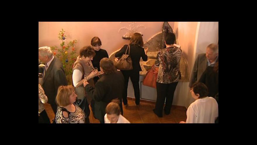 Video No comment: Svěcení lázeňského pramene Viola