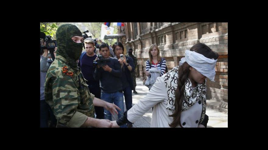 Video Separatisté zadrželi ukrajinskou novinářku