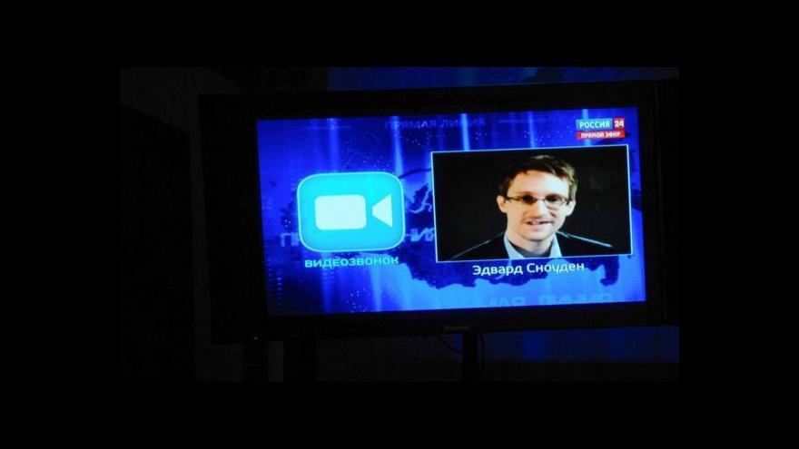 Video Snowden podle kritiků přijal Putinovu hru na demokracii