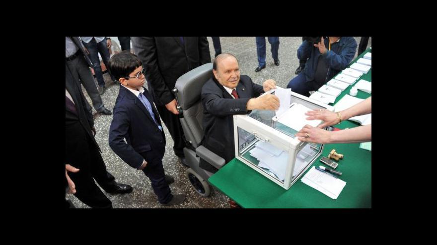 Video Autoritář Buteflika zřejmě opět vyhrál alžírské volby