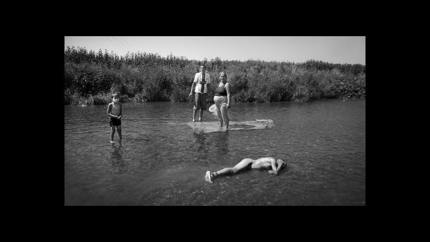 Video Vztah Romů a Čechů očima amerického fotografa