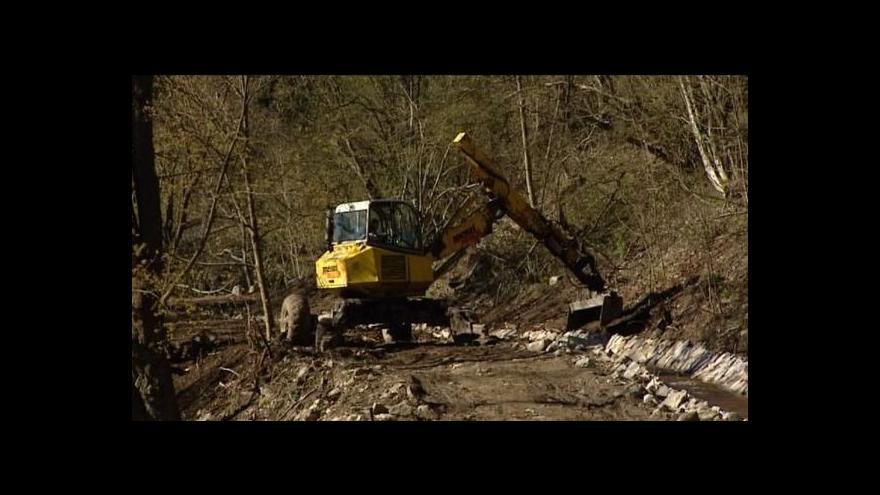 Video Poničila rekonstrukce technickou památku?