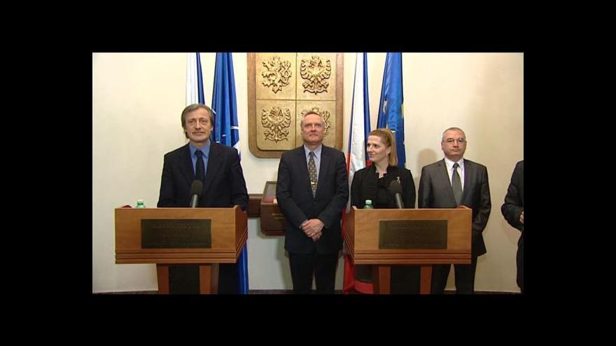 Video Stropnický jmenoval novou ředitelku vyzbrojovacího úřadu