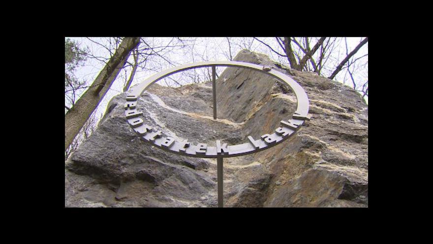 Video Cesta bolestných kamenů jako protipól křížové cesty