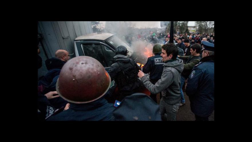 Video Moskva se brání spojení se separatisty a vyhrožuje zrušením jednání