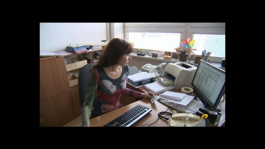 Video Vláda se na služebním zákoně neshodla, rozdílné názory v koalici přetrvávají
