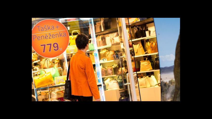 Video Průzkum: Lidem by obchody zavřené na svátky nevadily