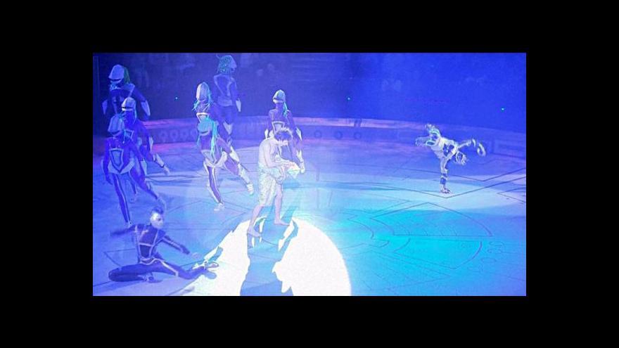 Video Netradiční vesmírná show Moskevského státního cirkusu