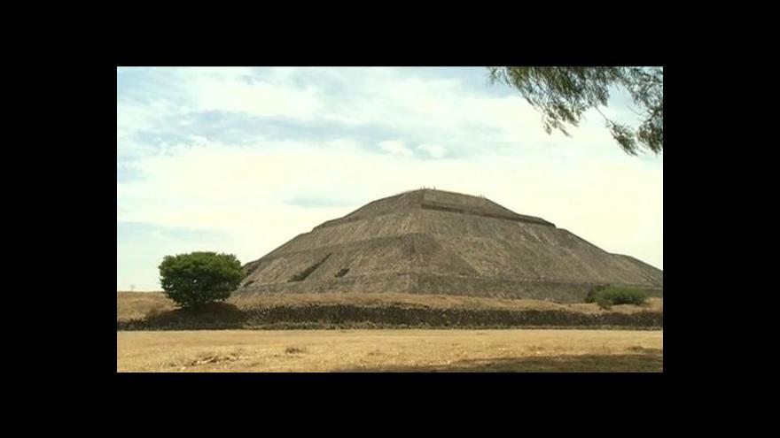 Video Slavná mexická pyramida v ohrožení
