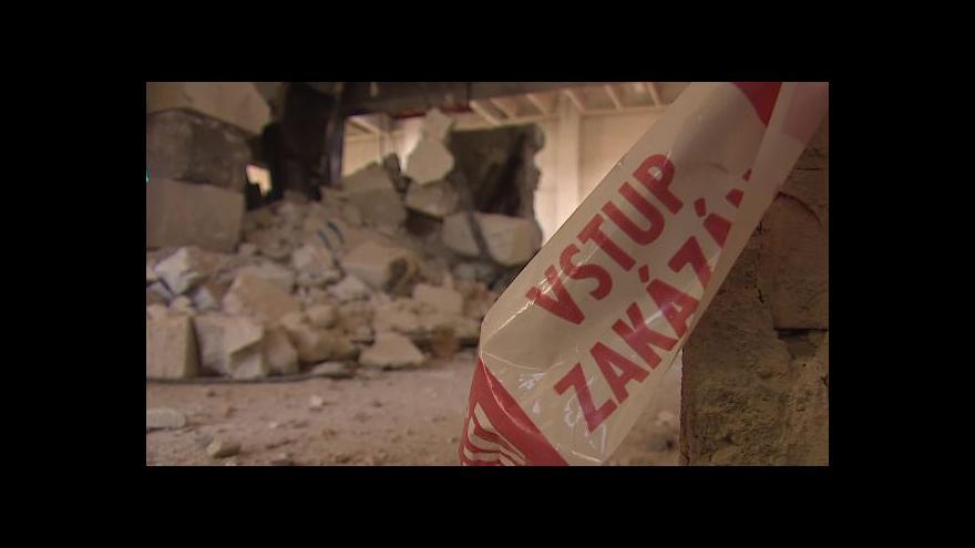 Video NO COMMENT: Demolice části továrny Ergon