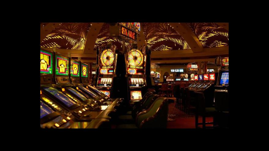 Video Reportéři ČT o hazardu