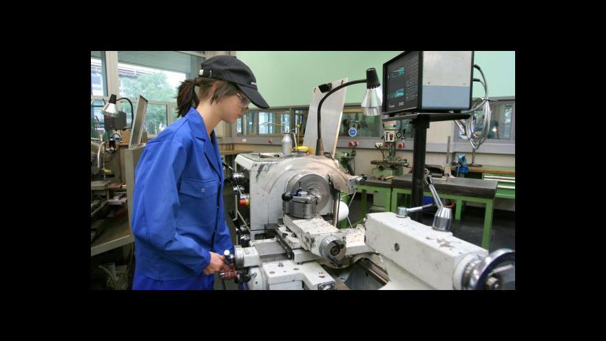 Video Průmyslové podniky hlásí nárůst zakázek - přicházejí z Česka i ze zahraničí